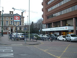 Watford Junction building.JPG