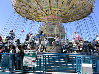 Pacific National Exhibition - Image: Wave Swinger Playland