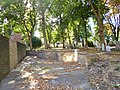 Whitechapel, Jewish cemetery (geograph 3132985).jpg