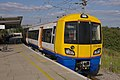 Willesden Junction station MMB 17 378005.jpg