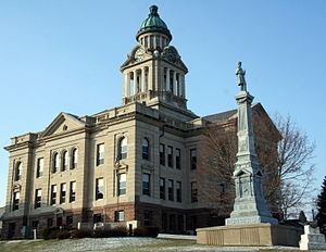 Broadway–Phelps Park Historic District - Winneshiek County Courthouse