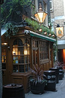 Ye Olde Mitre pub in Holborn, London