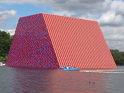 The London Mastaba (Christo et Jeanne-Claude)