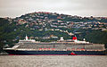 'Queen Elizabeth' arriving Wellington, New Zealand, 19th. Feb. 2011 - Flickr - PhillipC (3).jpg