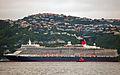 'Queen Elizabeth' arriving Wellington, New Zealand, 19th. Feb. 2011 - Flickr - PhillipC (3).jpg
