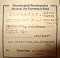 Åkermanite, Calcite, Hillebrandite, Tilleyite - Mineralogisches Museum Bonn4.JPG