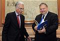 Συνάντηση Αντιπροέδρου Κυβέρνησης και ΥΠΕΞ Ευ. Βενιζέλου με τον απερχόμενο Ευρωπαίο Διαμεσολαβητή Ν.Διαμαντούρο (9352536410).jpg
