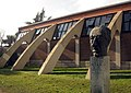 036 Pavelló Municipal d'Esports de Granollers i monument a Companys.jpg
