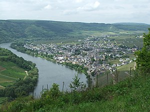 Mosel (wine region) - The Mosel river near the village of Kröv.