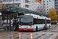 12-11-02-bus-am-bahnhof-salzburg-by-RalfR-31.jpg