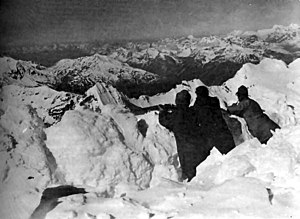 Ortler - Highest trench in history near the Ortler's peak, 1917
