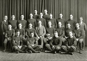 1922 Michigan Wolverines football team - Image: 1922 Michigan Wolverines football team