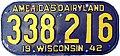 1942 Wisconsin license plate.jpg