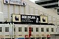1997-10-05 BobDylan AniDifranco WembleyArena external.jpg