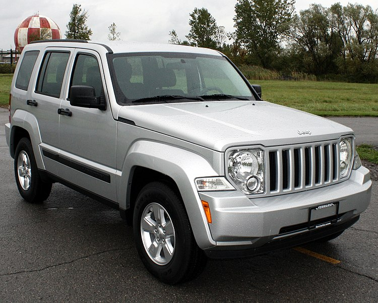 750px-2012_Jeep_Liberty_--_NHTSA.jpg