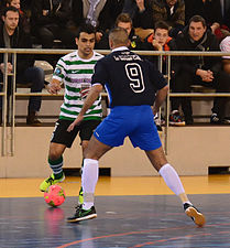 2015-02-28 16-07-30 futsal.jpg