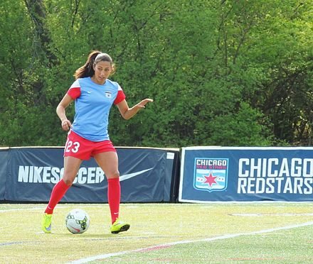 Christen Press warming up as a Red Star on May 2, 2015 2015-05-02 ChristenPress.JPG