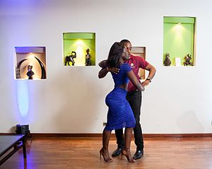 Kizomba - A couple dances kizomba