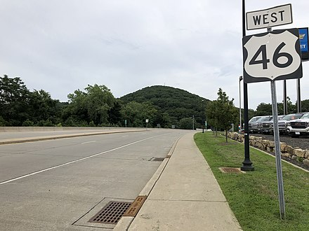 US 46 westbound in Dover 2018-07-30 09 51 51 View west along U.S. Route 46 (McFarlan Street) just west of New Jersey State Route 15 (Clinton Street) in Dover, Morris County, New Jersey.jpg