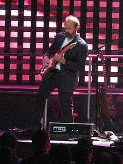 Daryl Stuermer American guitarist