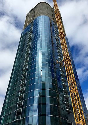 399 Fremont Street - Image: 399 Fremont Street, San Francisco, Under Construction August 2015, Southeast View