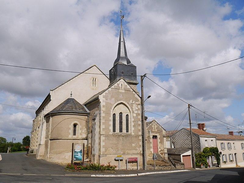 L'église Saint-Hilaire.