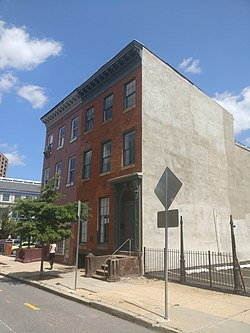 915 Cathedral St - Baltimore 2017 - 7.jpg
