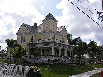 A. C. Freeman House 3.jpg