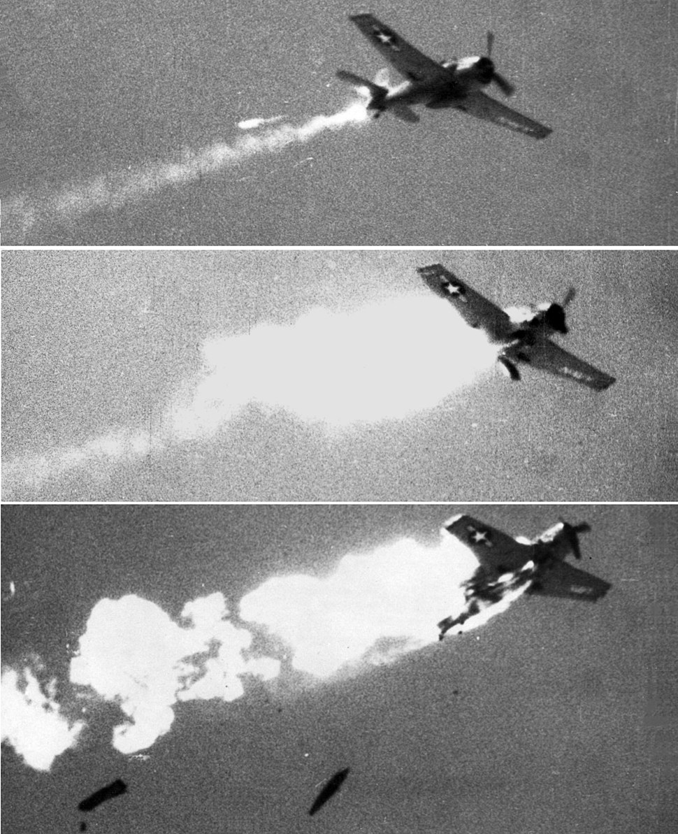 AIM-9B hits F6F-5K over China Lake 1957.jpeg