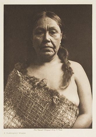 Tla-o-qui-aht First Nations - A Clayoquat woman, 1915 by Edward Sheriff Curtis