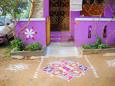 A house in Kanchipuram during Pongal festival - panoramio.jpg