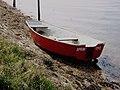 Abandoned boat - geograph.org.uk - 771952.jpg