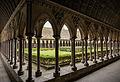 Abbaye du Mont Saint Michel, le cloître 1.jpg