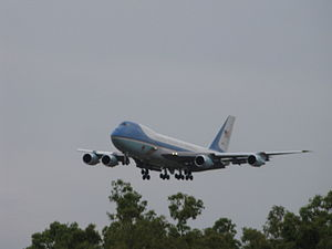 Air Force One on Short Final into Darwin.jpg