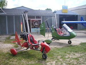Aerosport (air show) - Image: Airbet escola de vol i 2 autogirs Aerosport 2013 (Igualada)