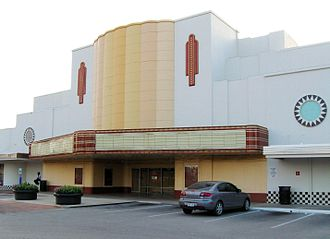 Bookstop (company) - The Alabama Theatre in the Upper Kirby area of Houston is a former Bookstop location
