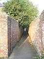 Alleyway from Twittens Way to Town Hall Road - geograph.org.uk - 801684.jpg