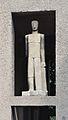 Anton-Schmid-Hof, Männliche Figur, sculpture by Rudolf Beran.jpg