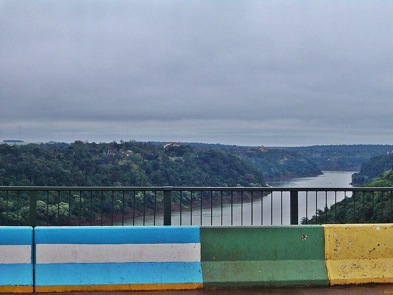 Argentina-Brazil border.jpg