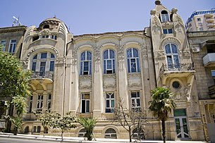 Art Nouveau building in Baku.JPG