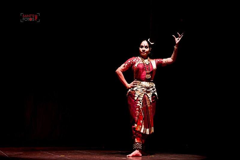 File:As Shiva in her popular Bharatnatyam Dance Theatre Production Aalavadhu Eppadiyo staged in 2016 in Chennai.jpg