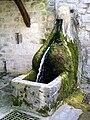 Asnières-sur-Oise (95), fontaine du lavoir rue des Auges.jpg