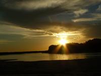 Atardecer en playa paraíso, Villa Florida.png