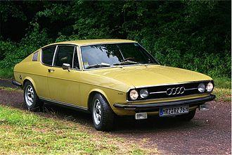 Audi 100 Coupé S - Image: Audi 100 C1 Coupé Front (2008 07 12) ret