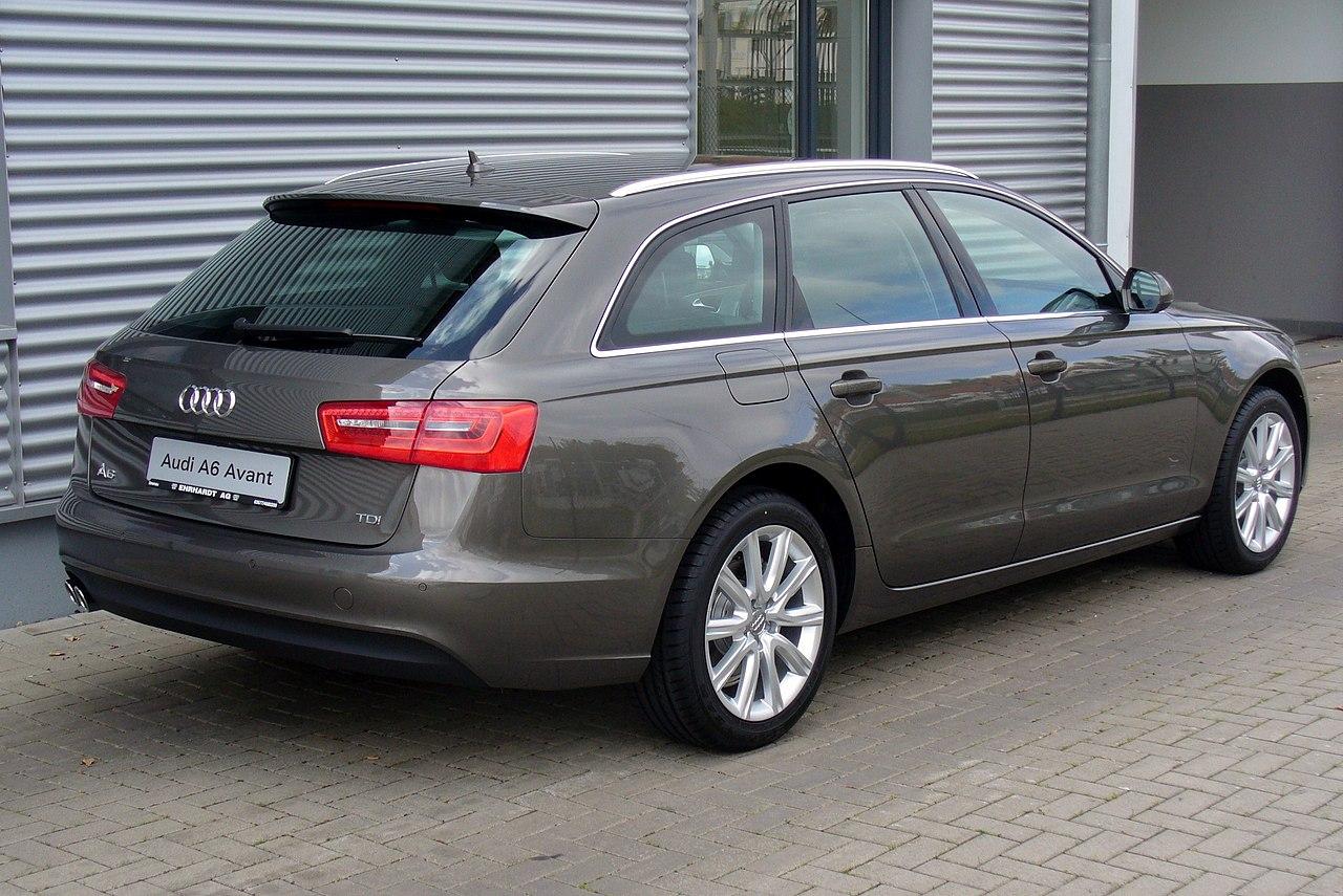 Audi a4 avant s line 2016 prezzo
