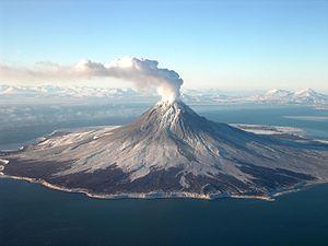 Augustine Volcano - Image: Augustine volcano Jan 24 2006 Cyrus Read