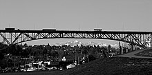 Aurora Bridge (103582995).jpg
