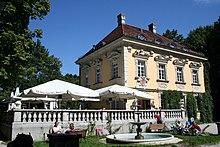 La villa Bamberger Haus nel parco Luitpoldpark