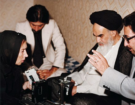 "Khomeini told questioners that ""the religious dignitaries do not want to rule."" Banisadr Fallaci Khomeini.jpg"