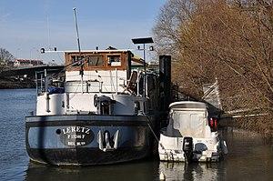 Barge Le Retz in Rueil-Malmaison 002.JPG